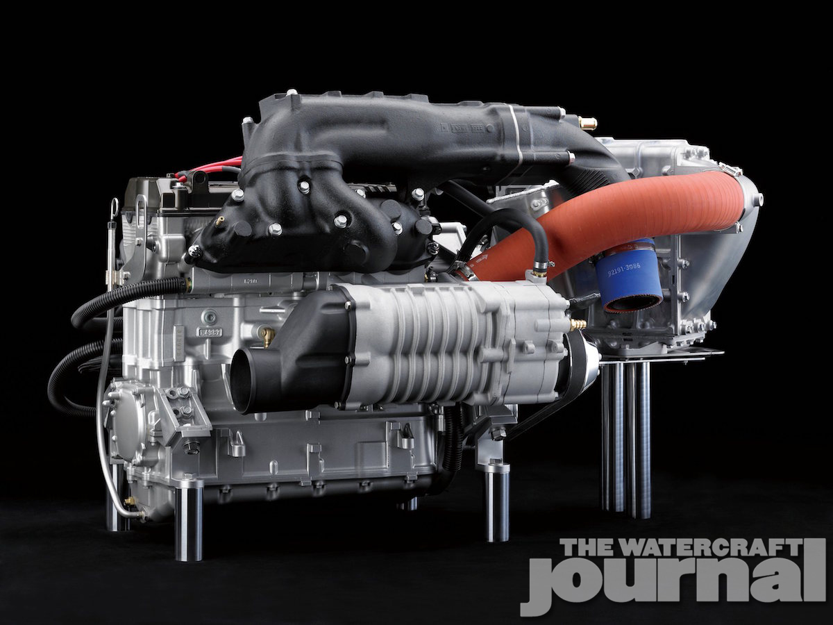 16_JT1500L_Styling_Engine03_Y14_R.high