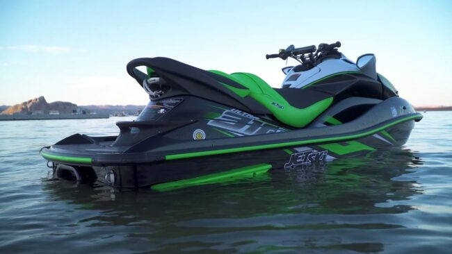 Video Kawasaki Ninja H2 Sx Vs Jet Ski Ultra 310r Comparison The