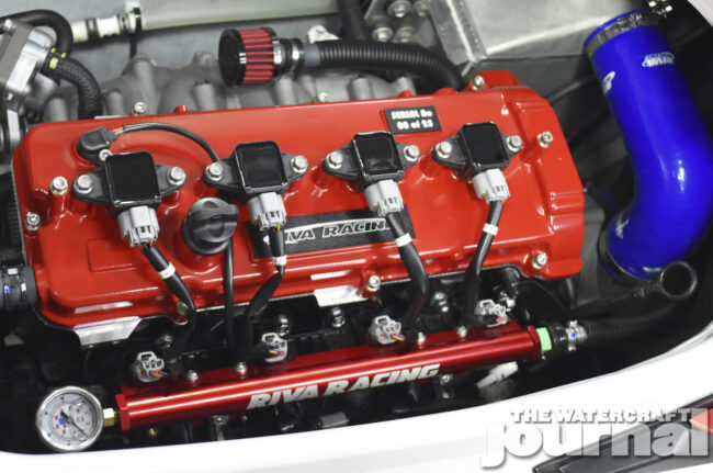 2019_RIVA_FX1800R_Engine_View_02