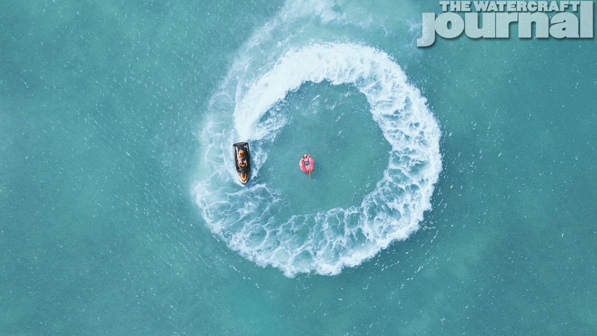 2020 Sea-Doo GTI SE 170 Action - Donuts_b