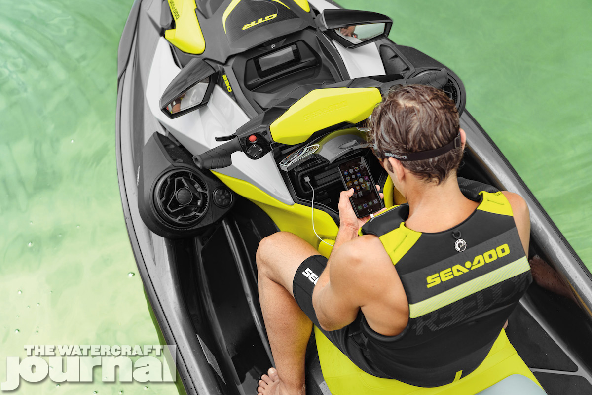 2020 Sea-Doo GTR230 static_a