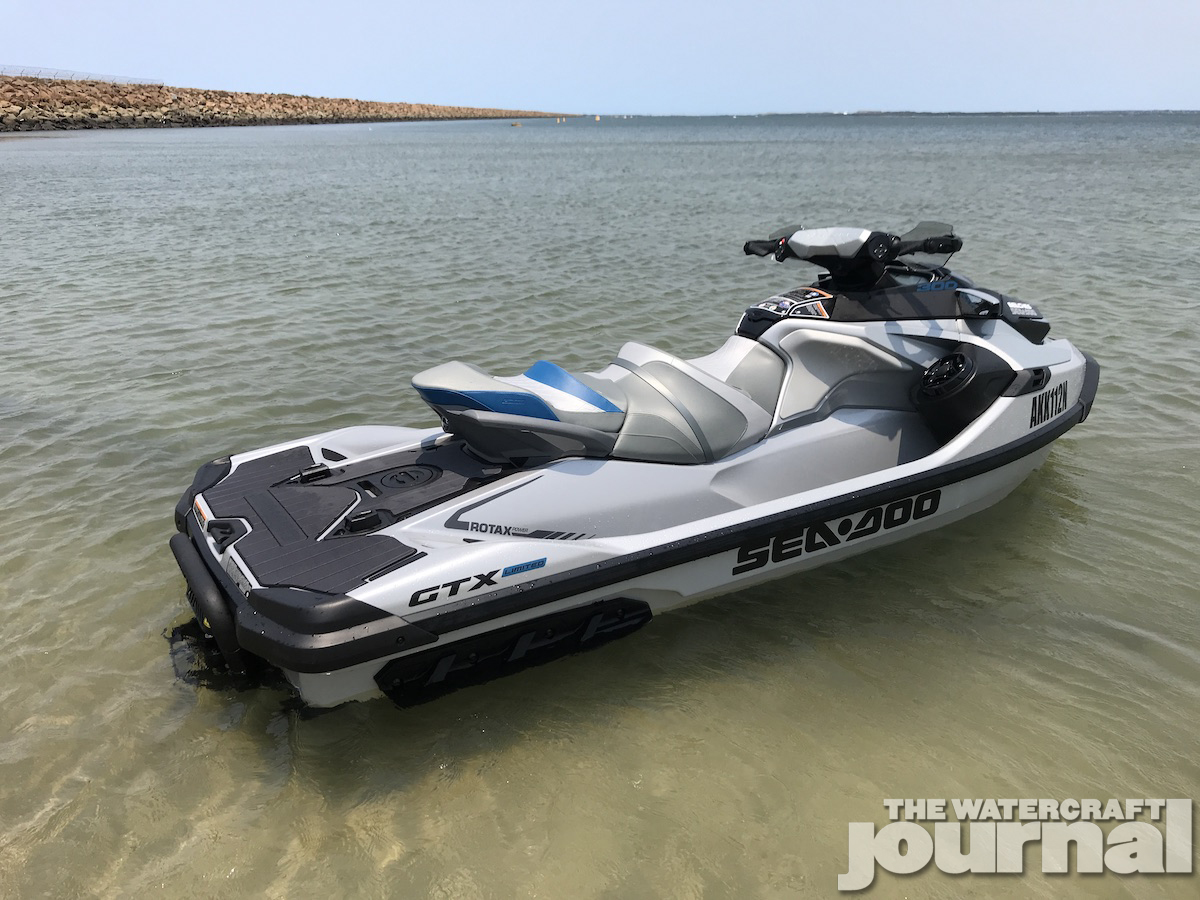Sea-Doo GTX Limited 300 2020 model 3