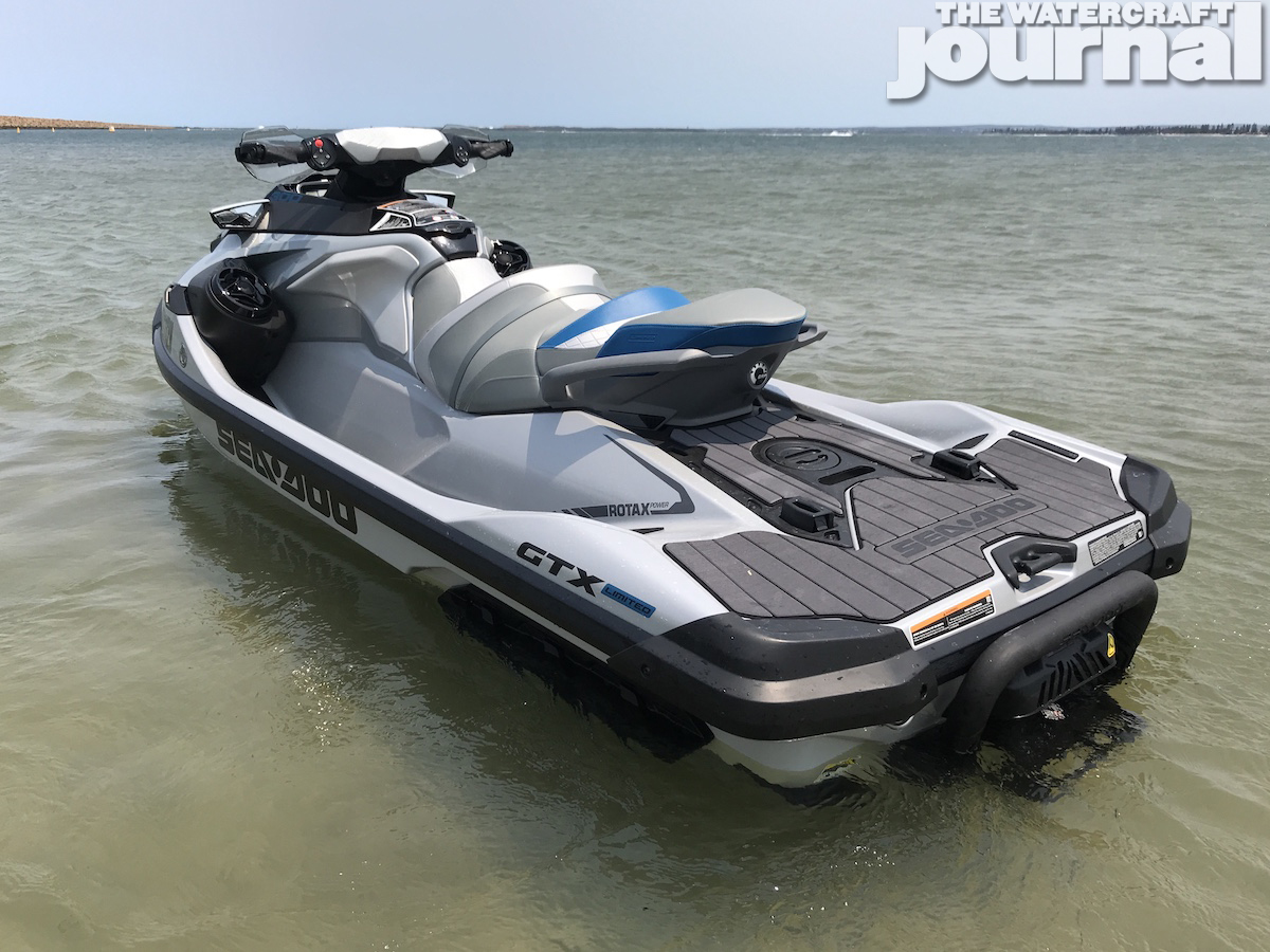 Sea-Doo GTX Limited 300 2020 model 37