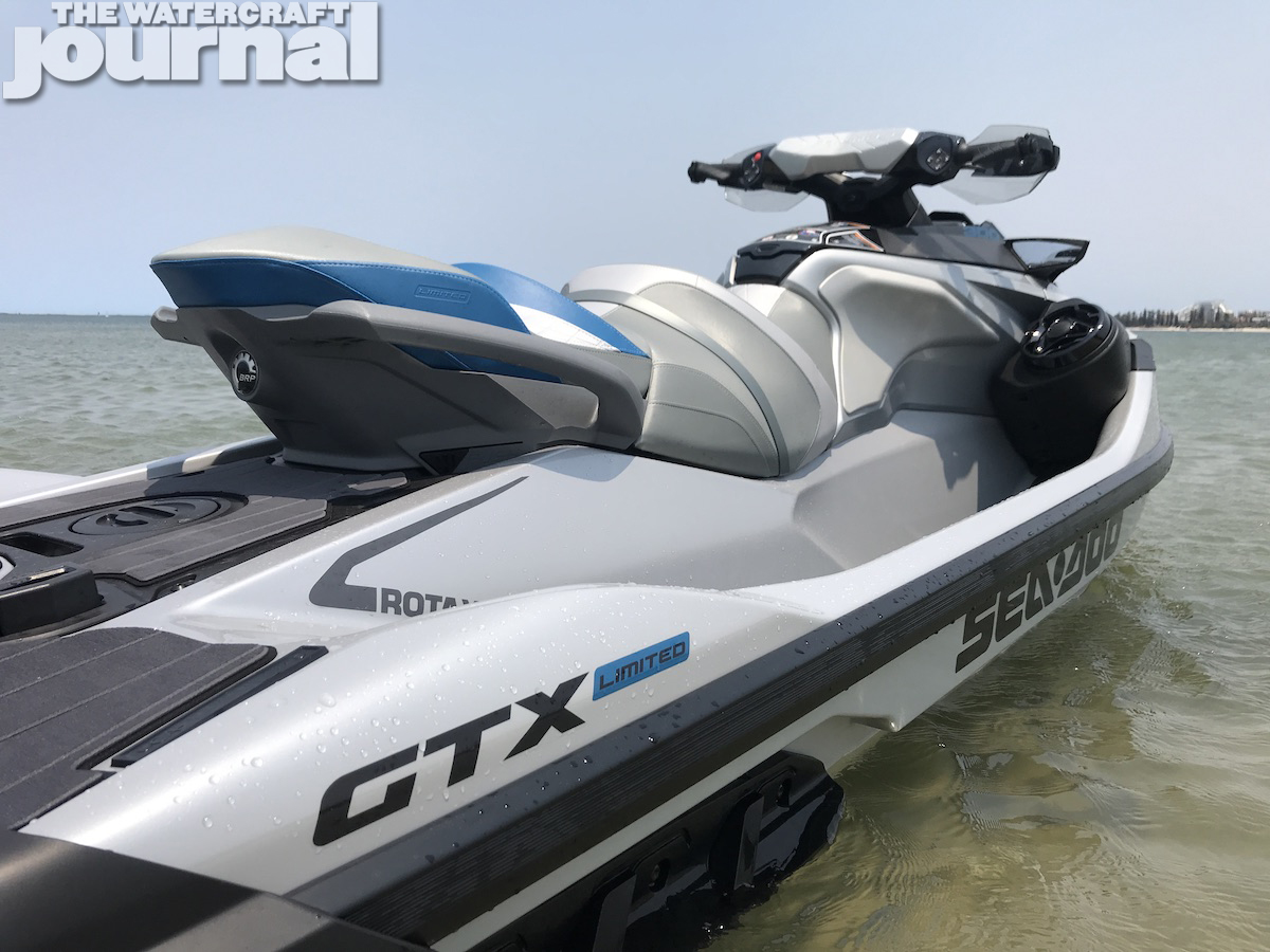 Sea-Doo GTX Limited 300 2020 model 8