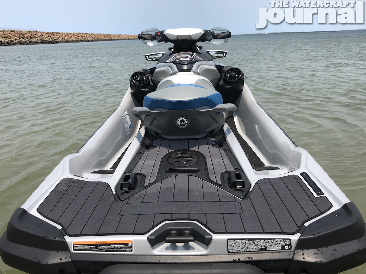 Sea-Doo GTX Limited 300 2020 model 9
